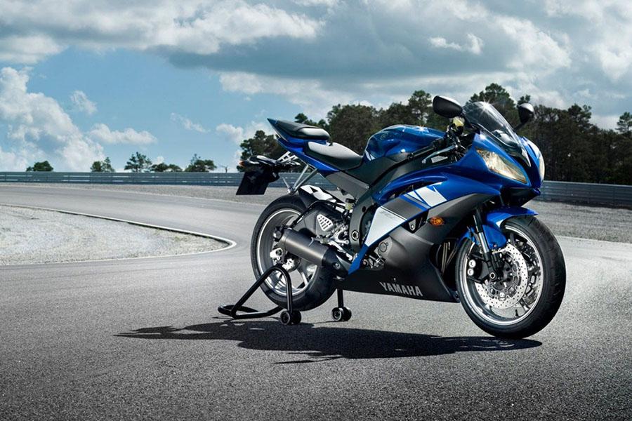 Yamaha-R1-R1M-14